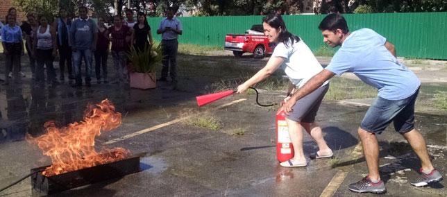 Lojistas participam de treinamento para Brigada de Incêndio