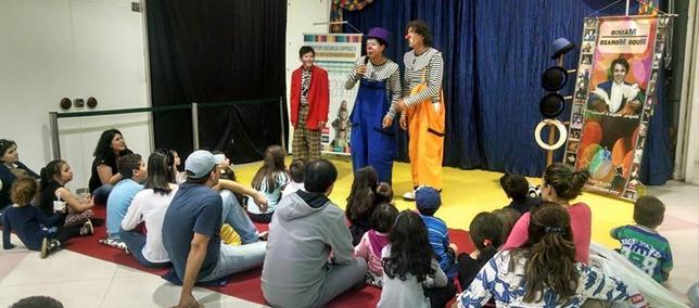 Programação de férias reuniu centenas de crianças